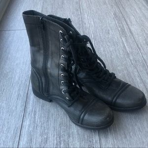 Steve Madden lace up leather combat boots